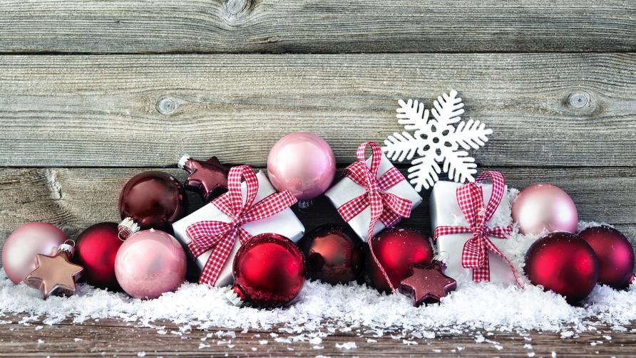 Kontraktionen im Abstand von 10 Minuten für 3 Stunden Weihnachten
