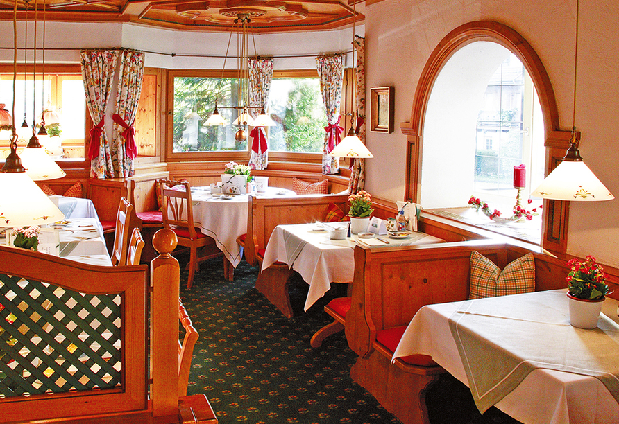 Landhotel Sonnenfeld am Tegernsee im Kurort Bad Wiessee am Tegernsee, Restaurant
