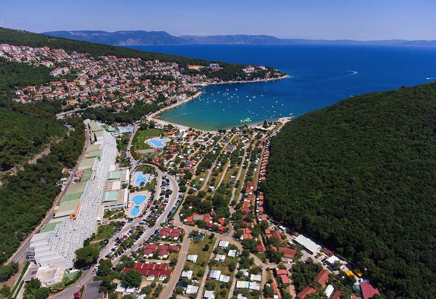 Hotel Narcis in Rabac in Istrien, Strand