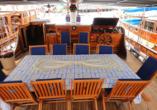 Blaue Reise Türkei, Deck Gulet