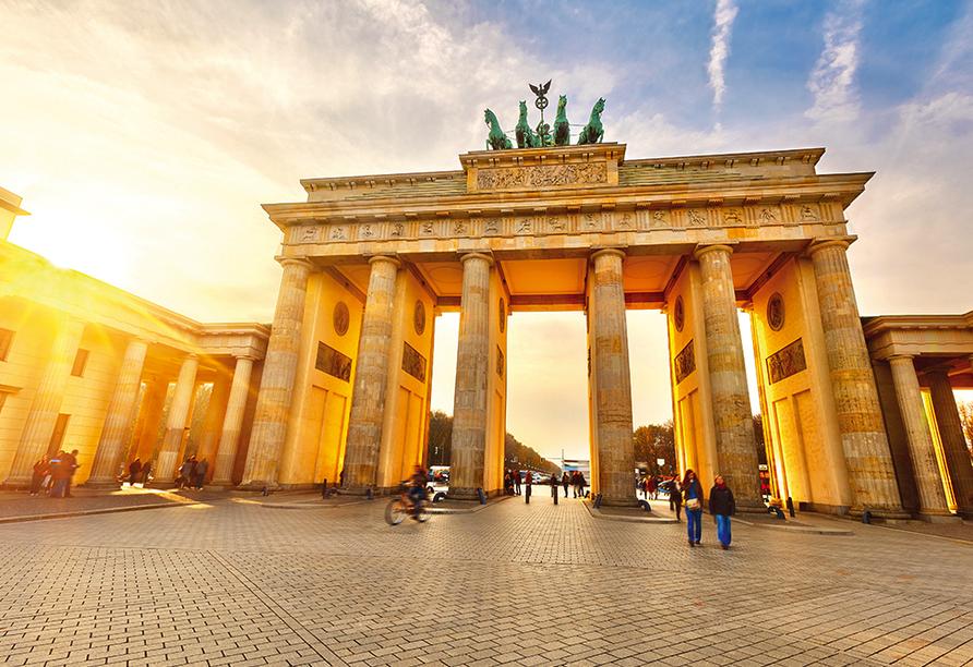 Good Morning + Berlin City East, Ausflugsziel Brandenburger Tor