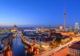 Good Morning + Berlin City East, Berlin bei Nacht