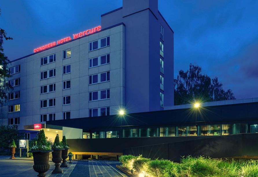 Congress Hotel Mercure Nürnberg an der Messe, Nachtaufnahme
