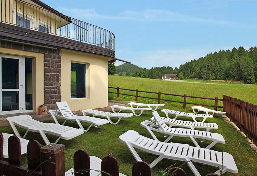 Hotel Bellamonte in Predazzo, Sonnenliegen