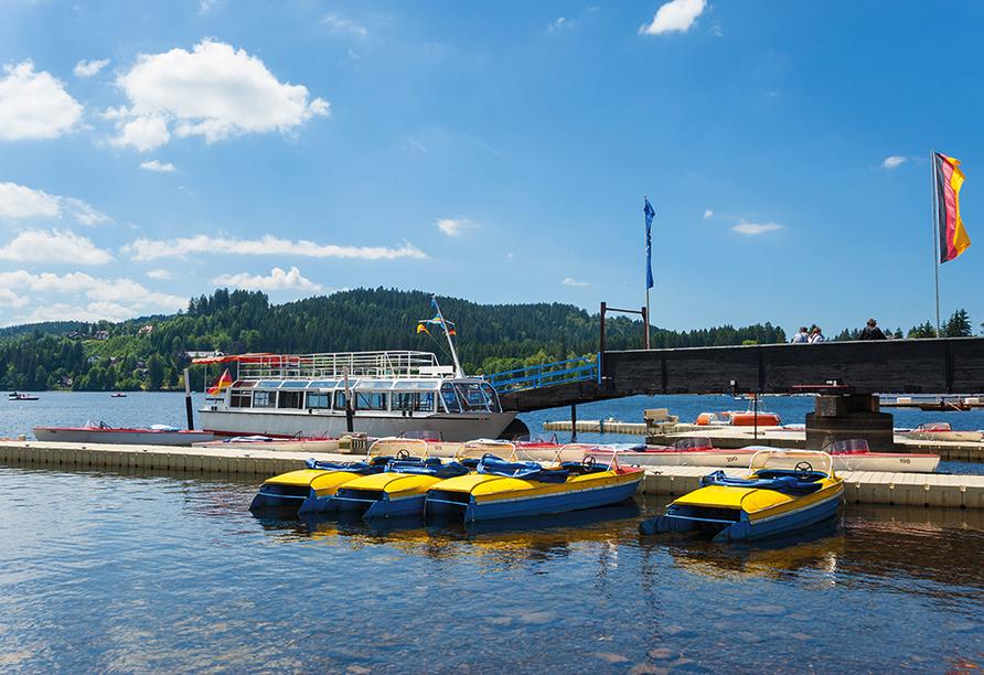 Hotel Rauchfang in Titisee im Schwarzwald, Ausflugsziel Bootsfahrt