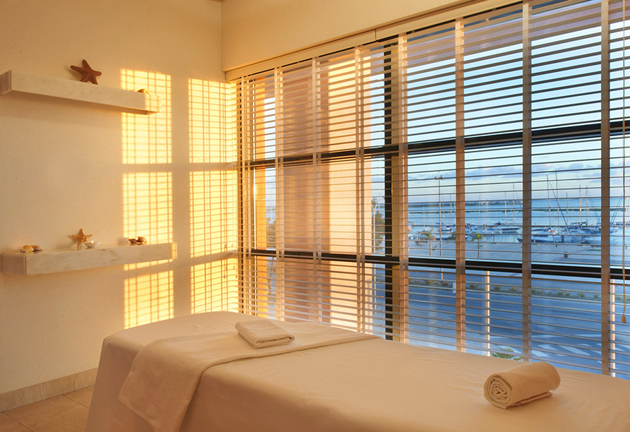 Real Marina Hotel & Spa, Massage