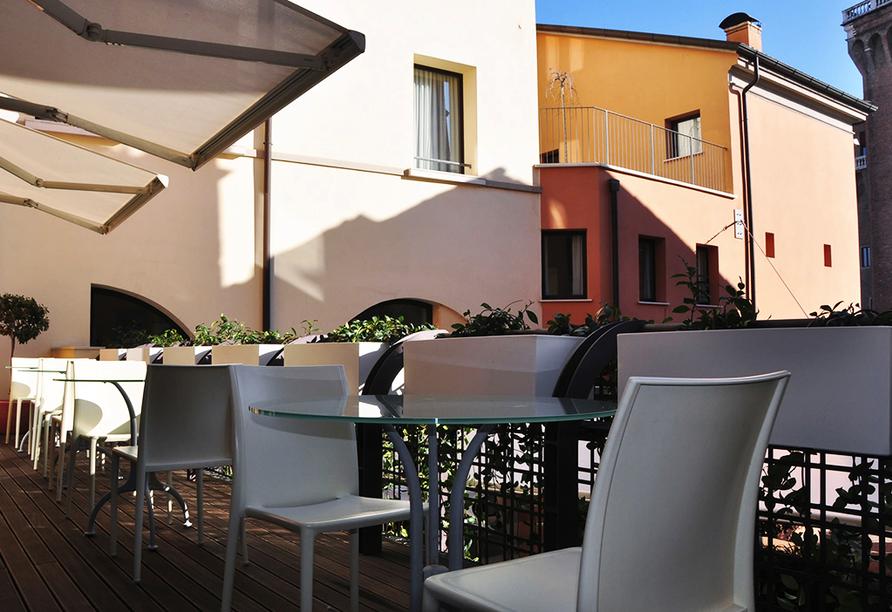 Hotel Ferrara, Terrasse