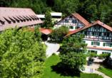 AllgäuHotel Hofgut Kürnach in Wiggensbach, Außenansicht