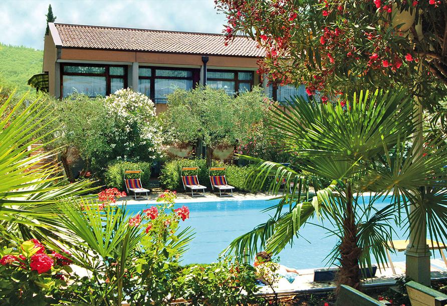 Sporthotel Olimpo in Garda, Pool