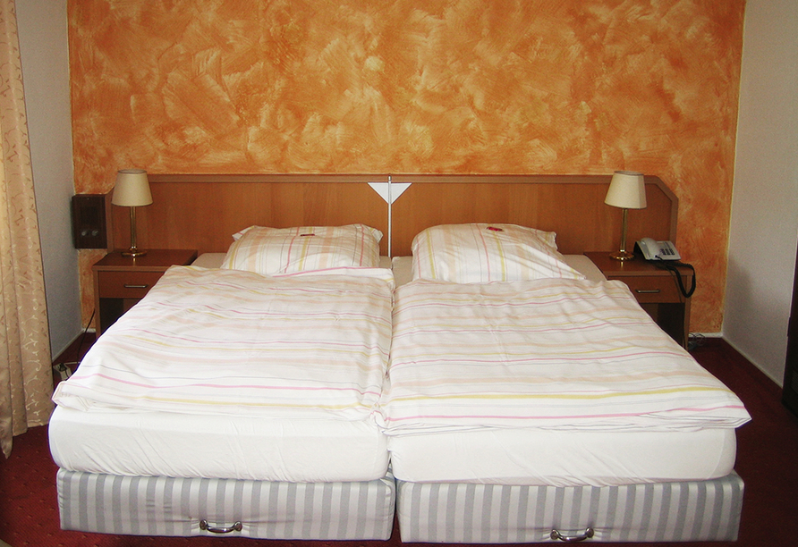 Landhotel Weinhaus Treis, Zimmerbeispiel