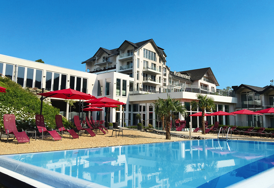 Moselstern Parkhotel Krähennest in Löf an der Mosel, Pool
