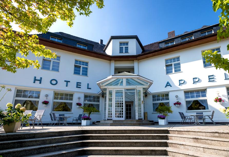 Hotel Haus Appel in Rech an der Ahr im Ahrtal, Außenansicht