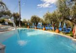 Hotel Internazionale in Torri del Benaco am Gardasee, Außenpool