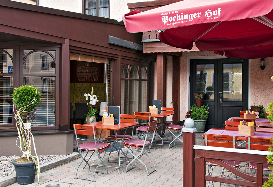 Hotel Pockinger Hof in Pocking in Bayern, Terrasse