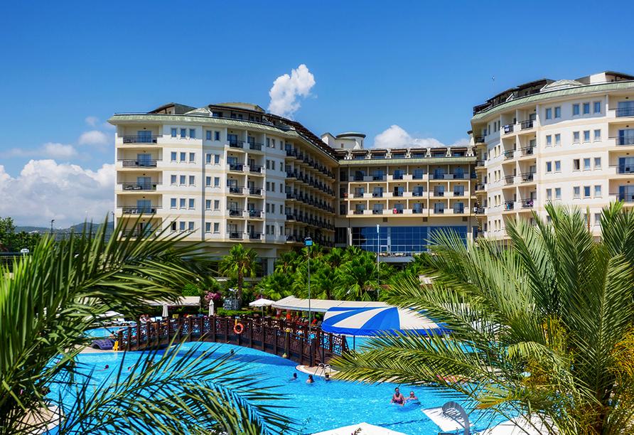 Hotel Mukarnas Spa Resort, Poollandschaft