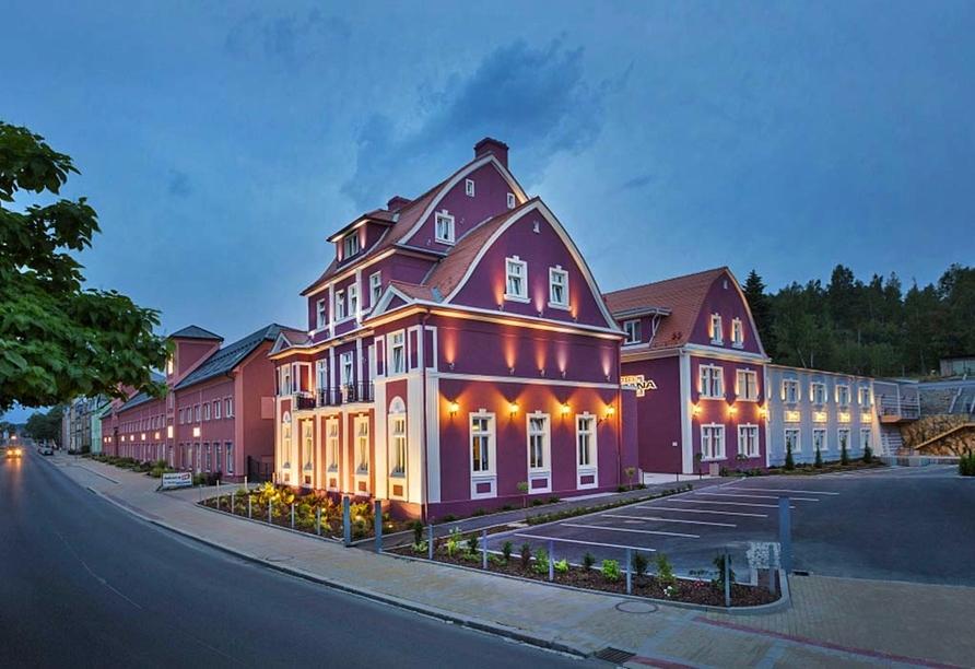 Hotel Dvorana Karlsbad Tschechien, Außenansicht