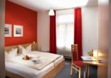 Gasthof Zum Goldenen Lamm & Gästehaus Garni Zur Sonne Treuchtlingen, Zimmerbeispiel