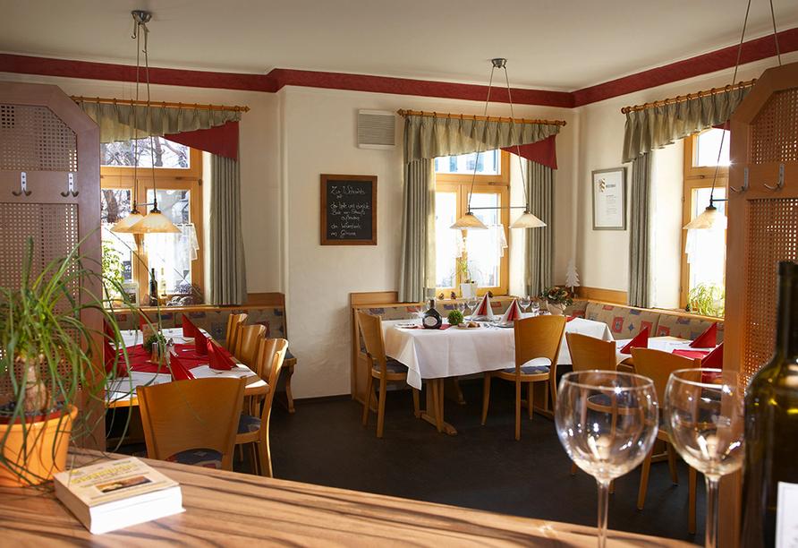 Gasthof Zum Goldenen Lamm & Gästehaus Garni Zur Sonne Treuchtlingen, Restaurant Zum Goldenen Lamm