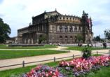 AMEDIA Hotel Dresden Elbpromenade, Ausflugsziel Semperoper