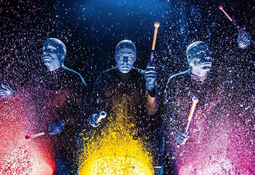 BLUE MAN GROUP, Farbtrommeln