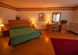 Grand Hotel Misurina Südtirol, Zimmerbeispiel Superior