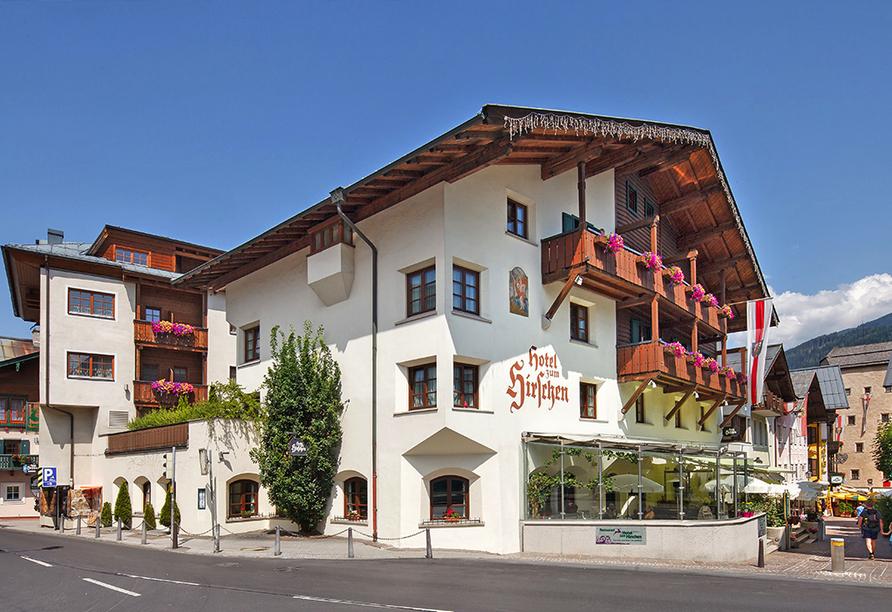 Hotel zum Hirschen in Zell am See, Außenansicht