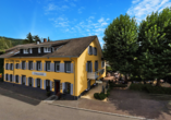 Hotel Erdmannshöhle in Hasel im Schwarzwald, Außenansicht