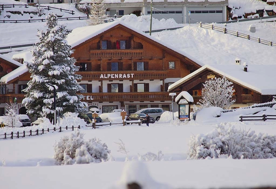 Berghotel Alpenrast in Rein in Taufers Südtirol, Außenansicht