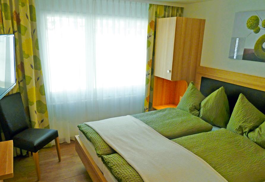 Hotel Eden in Saas-Grund im Saastal Zimmerbeispiel