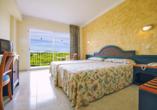 Hotel azuLine Coral Beach in Es Canar, Beispielzimmer Standard