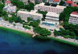 Hotel Aurora in Podgora, Außenansicht