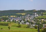 Panorama Hotel Cursdorfer Höhe in Cursdorf im Thüringer Wald, Ortsansicht
