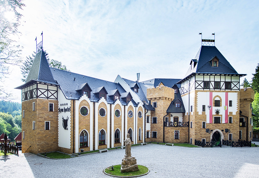Zamek Luzec Spa & Wellness Resort, Nova Role, Tschechien, Willkommen