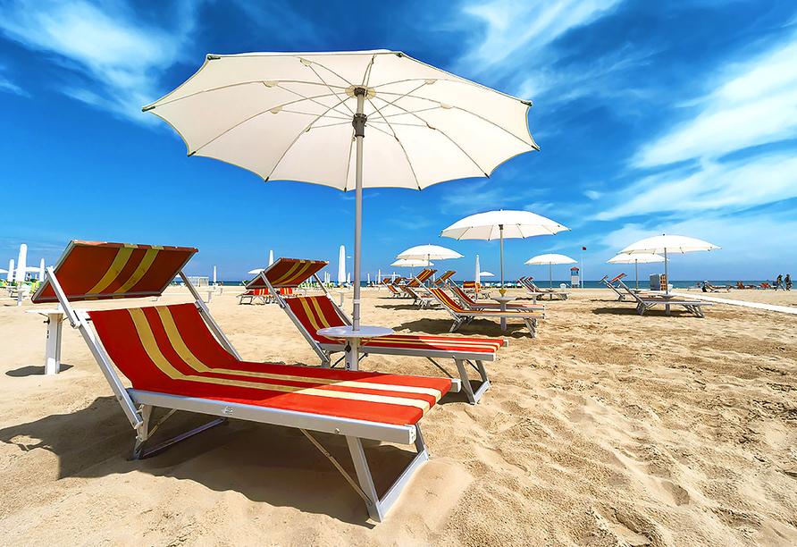 Hotel Abrat in San Antonio in Ibiza, Strand