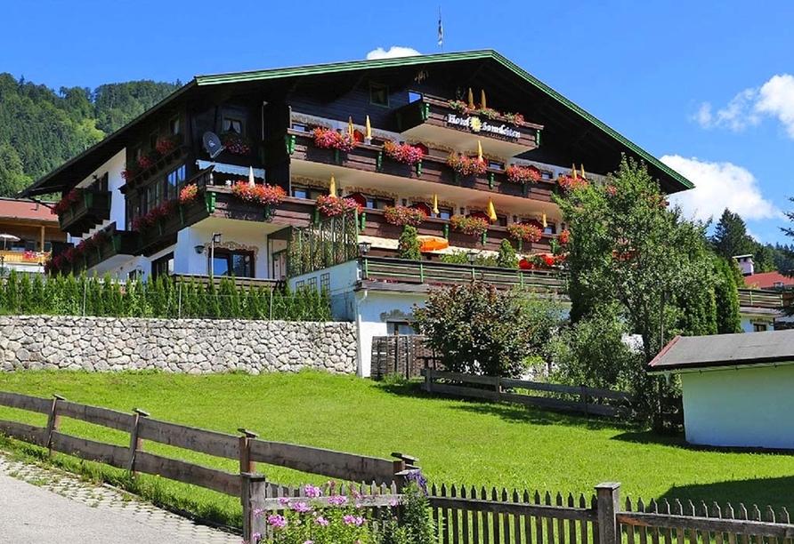 DEVA Hotel Sonnleiten in Reit im Winkl Chiemgau Bayern, Außenansicht