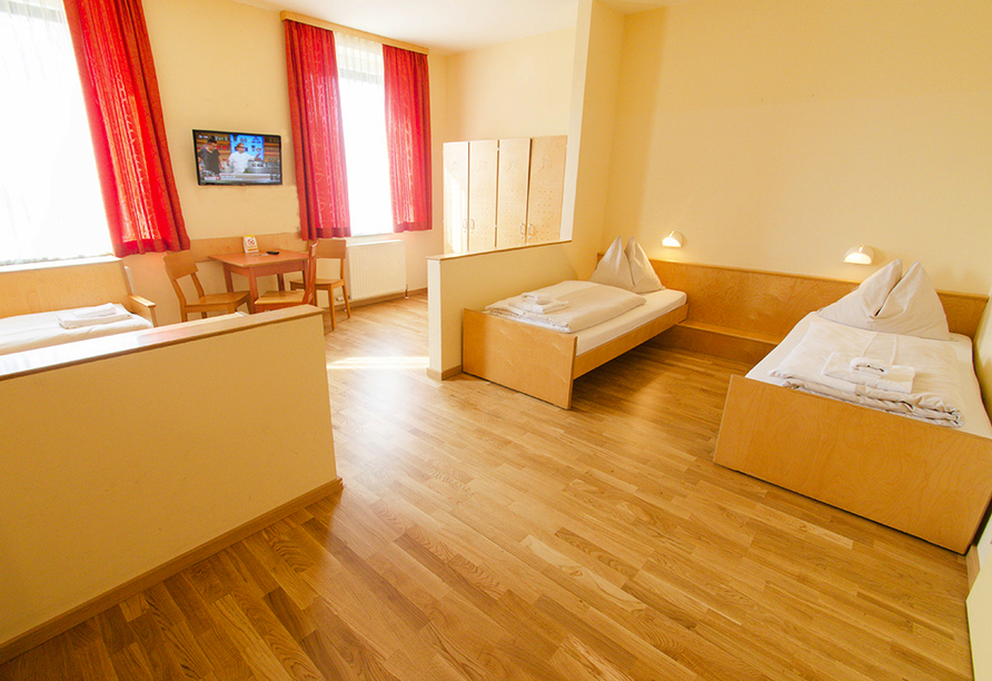 JUFA Hotel Salzburg City, Zimmer