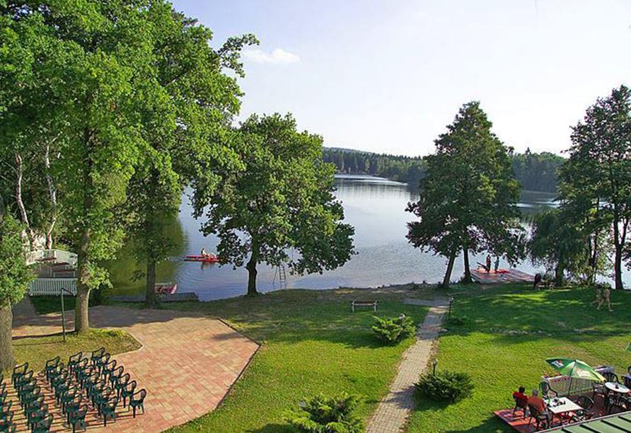Hotel Riviera Nova Role bei Karlsbad,  Blick auf den See
