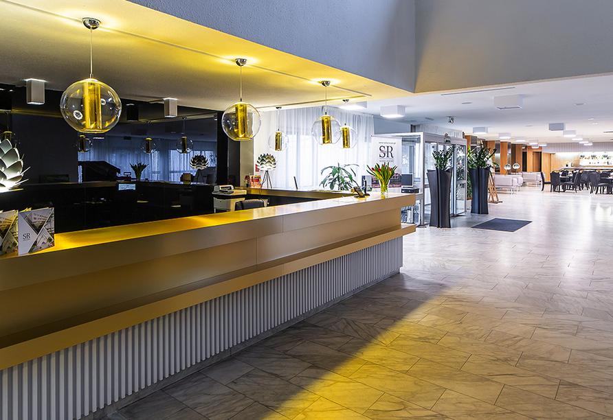 Solny Resort & Spa in Kolberg, Rezeption