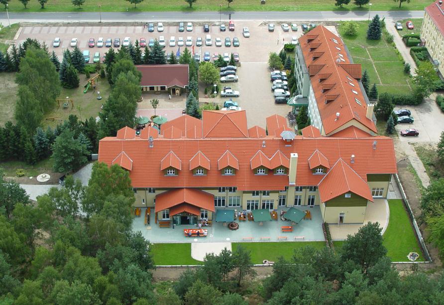 Waldhotel Roggosen in Neuhausen an der Spree Luftaufnahme