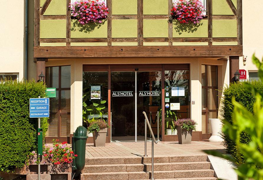 Als Hotel in Ottmarsheim im Elsass, Eingang