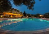 Hotel Hedera in Rabac in Kroatien, Abendansicht
