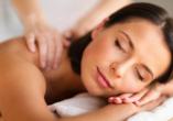 Hotel Stella delle Alpi in Ronzone in Südtirol Massage