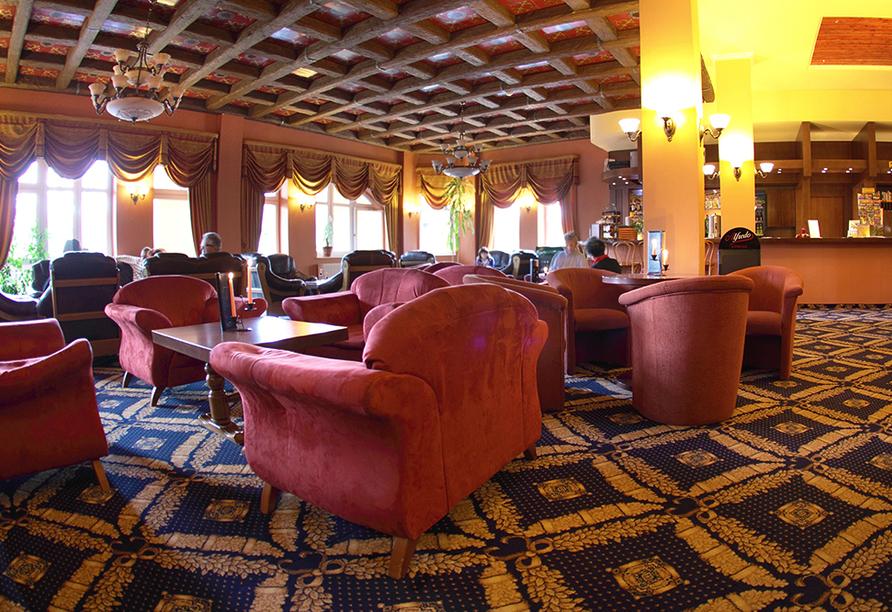St. Lukas Sanatorium Hotel in Bad Flinsberg, Lobby