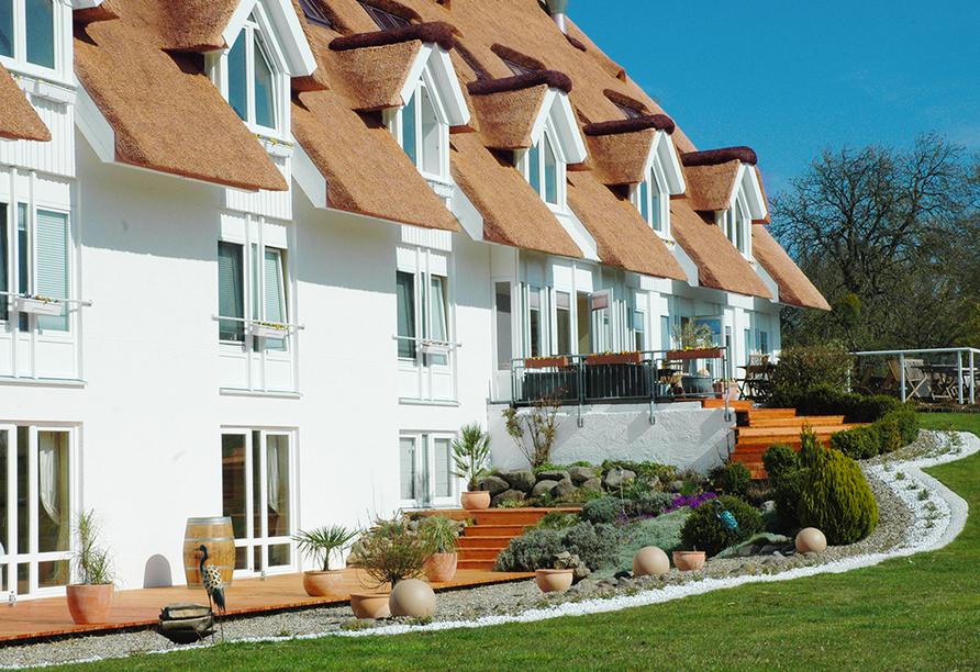 Alago Hotel am See in Cambs im Schweriner Seenland, Außenansicht