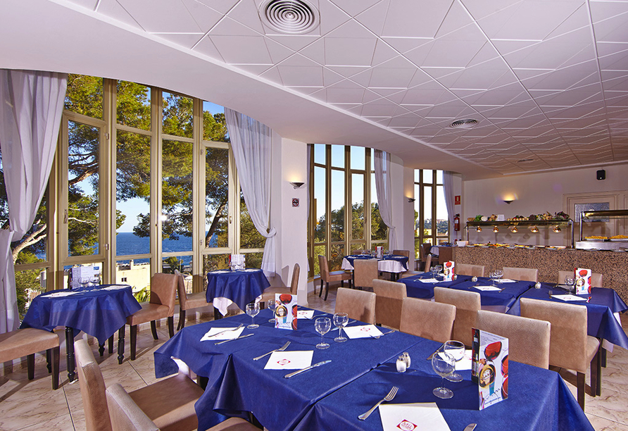Frühling auf Mallorca, Restaurant Hotel Blue Bay