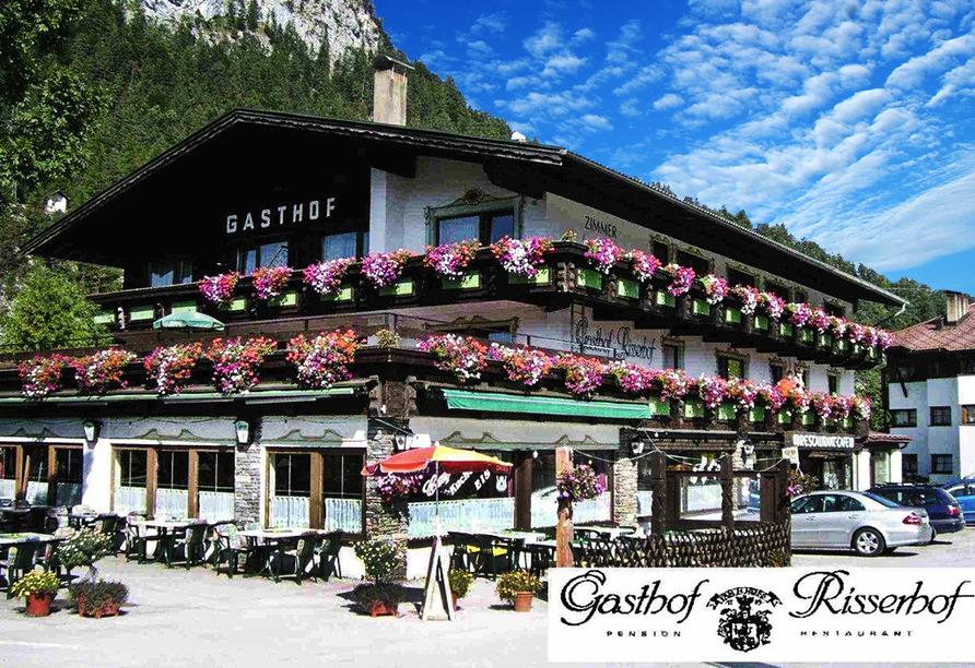 Gasthof Risserhof in Scharnitz Tirol Österreich, Außenansicht