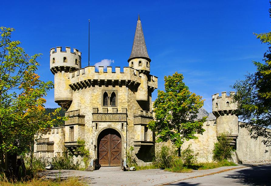 Gasthof Risserhof in Scharnitz Tirol Österreich, Burg Schlossberg