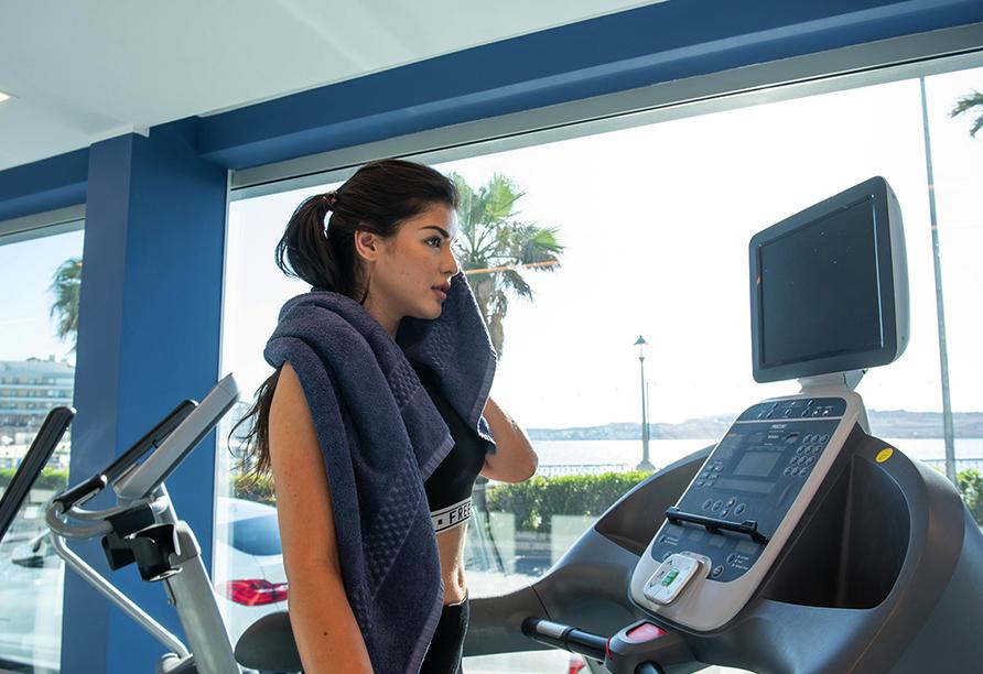 Nutzen Sie gerne das Fitnessstudio des Hotels.