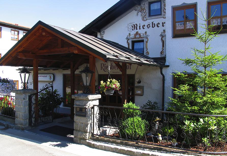Ferienhotel Riesberghof in Lindberg, Eingang