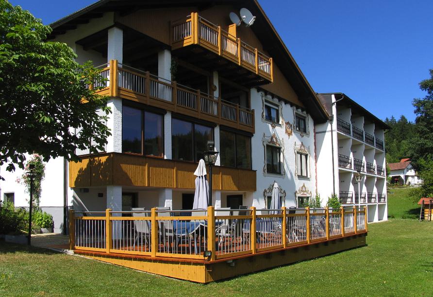 Ferienhotel Riesberghof in Lindberg, Terrasse